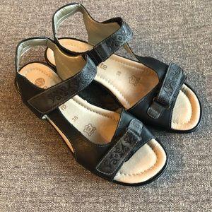 REMONTE Back Strap Sandal